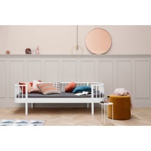 Oliver´s Bettsofa, Wood-Collection, weiss